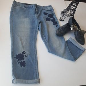 Vera Wang Flower Applique Women Jeans